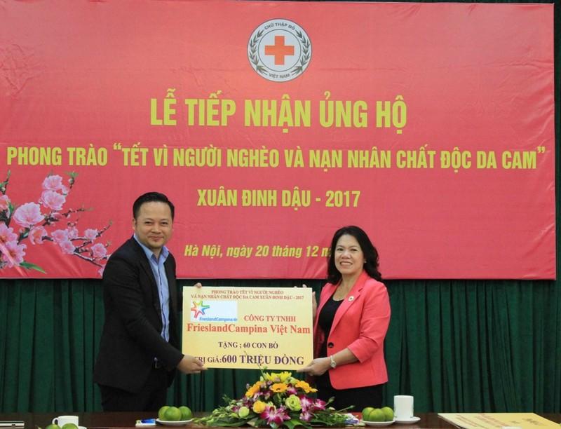 FrieslandCampina Việt Nam ủng hộ Tết vì người nghèo - ảnh 1