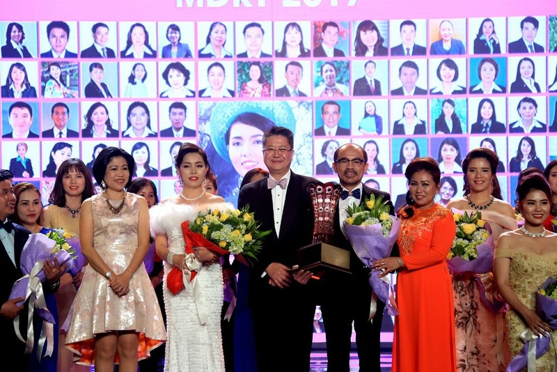 Chubb Life Việt Nam tổng kết kinh doanh 2016 - ảnh 1