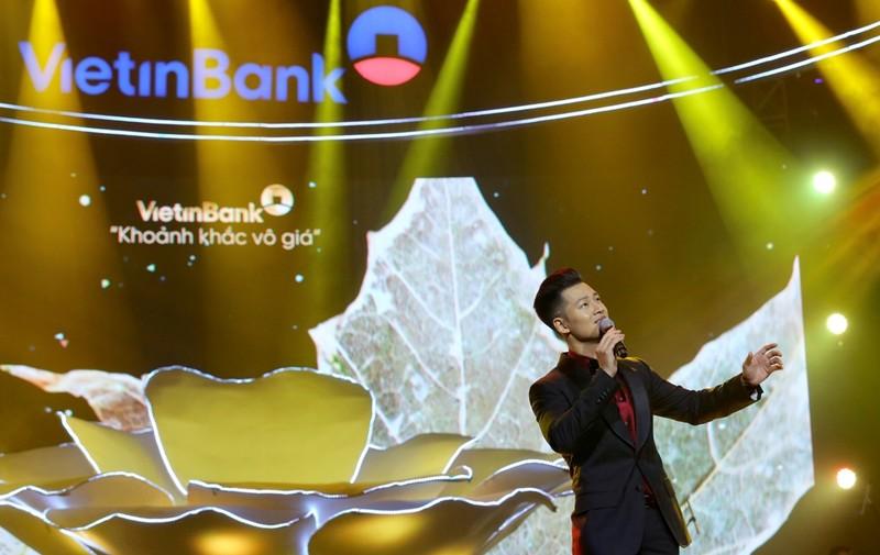 Nghệ sĩ Việt kể chuyện âm nhạc 'Như những đóa hoa' - ảnh 2