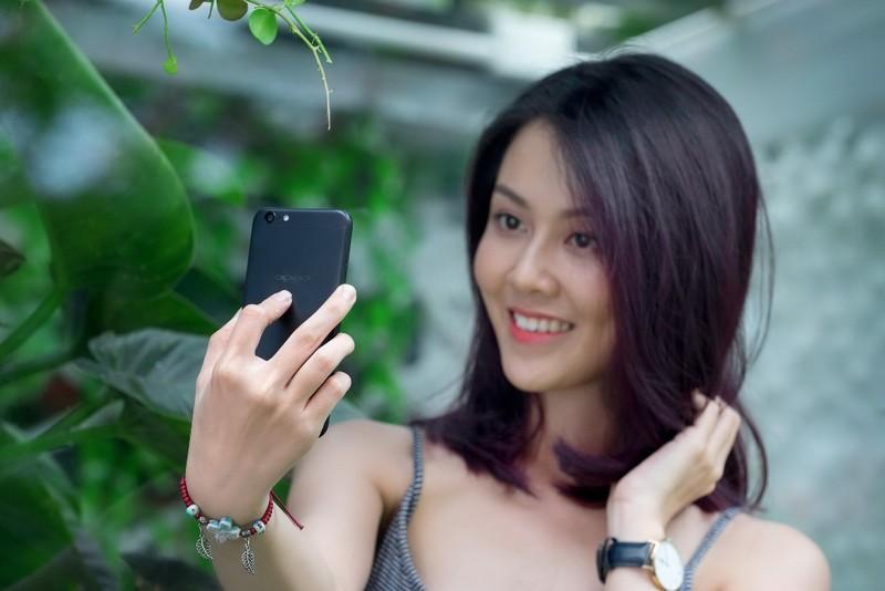 Chỉ 890.000 đồng, bạn đã mua được smartphone xịn - ảnh 2