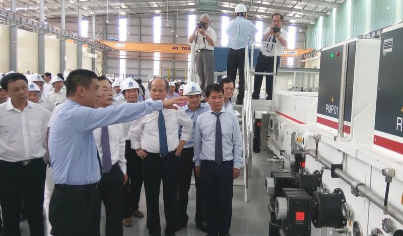 Nhà máy kính tiết kiệm năng lượng đầu tiên tại Đông Nam Á - ảnh 1