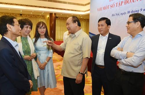 Thủ tướng đối thoại với 14 lãnh đạo tập đoàn tư nhân - ảnh 2