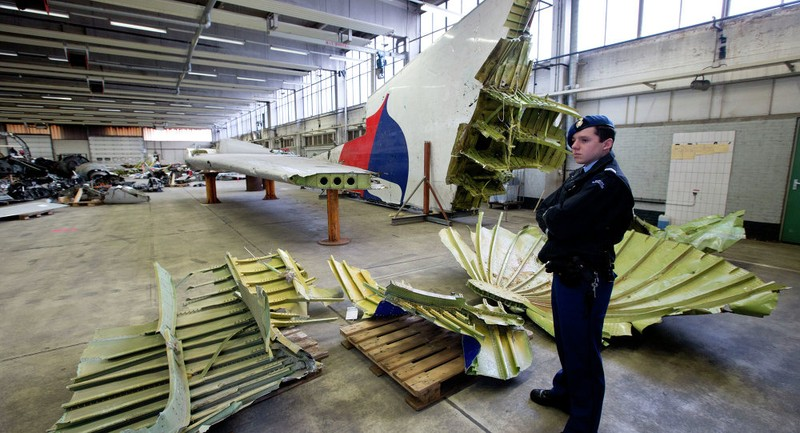 Nghi vấn 'chiếc mặt nạ' khi Hà Lan công bố hơn 500 tài liệu MH17 - ảnh 1