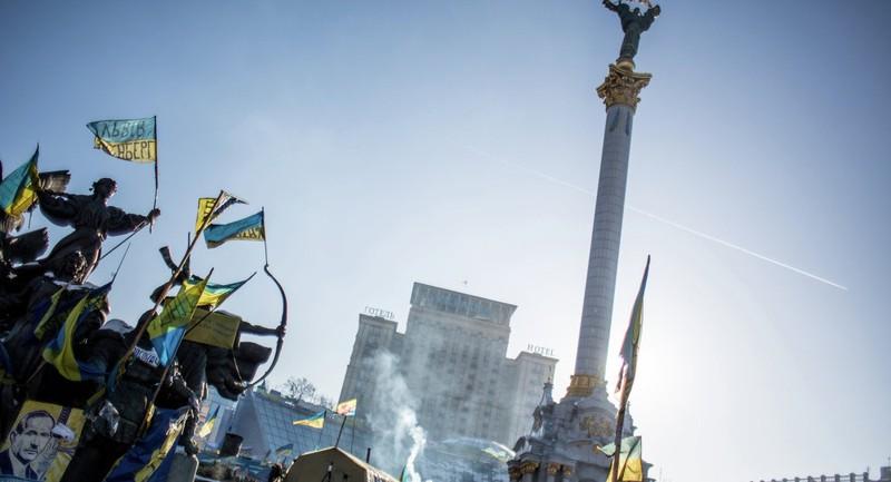 Mỹ và Ba Lan đứng sau các cuộc bạo loạn ở Kiev? - ảnh 1