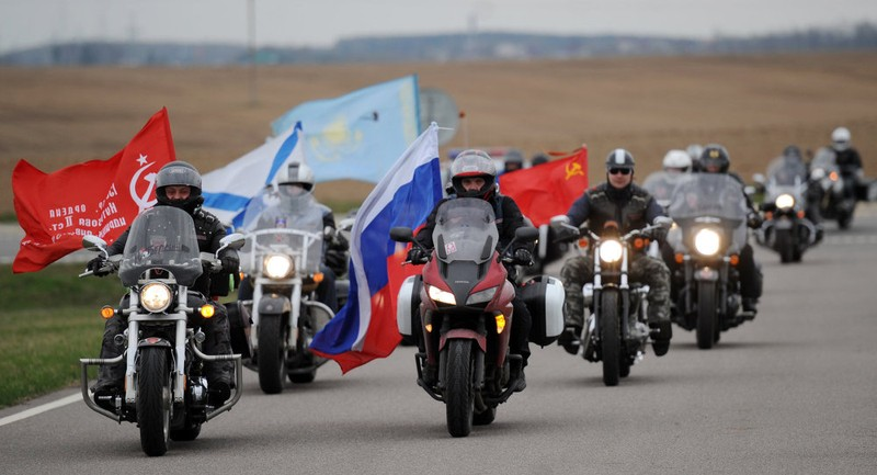 Đoàn mô tô Nga bị cấm cửa ở biên giới Ba Lan vì thị thực có vấn đề - ảnh 1