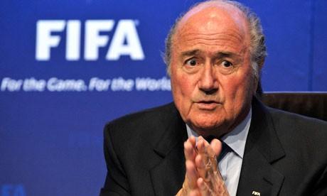Chủ tịch FIFA vừa tái đắc cử đã xin từ chức - ảnh 1