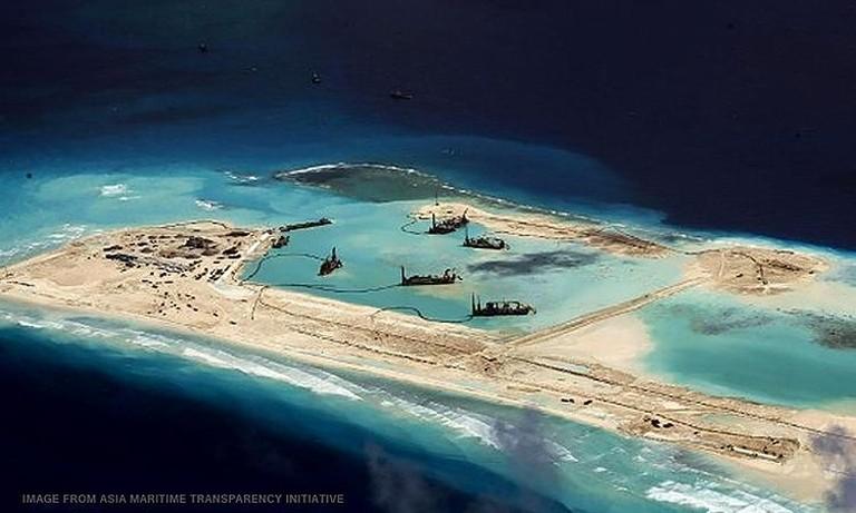 Trung Quốc càng hung hãn, Mỹ càng giám sát biển Đông - ảnh 2