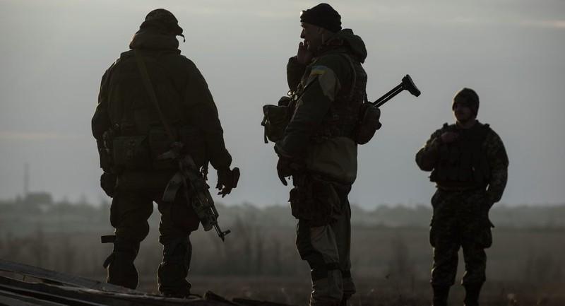 11 nước sẵn sàng cung cấp vũ khí sát thương cho Ukraine - ảnh 1