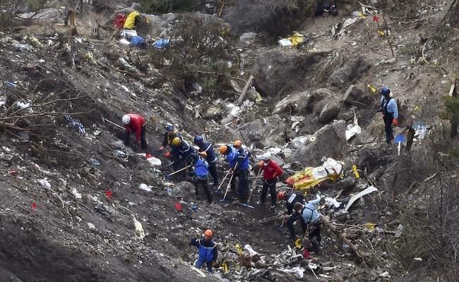 Thi thể nạn nhân thảm họa máy bay tại Pháp bắt đầu 'hồi hương' - ảnh 1