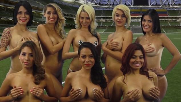 Nhóm 'chân dài' khỏa thân ủng hộ đội tuyển bóng đá quốc gia - ảnh 1