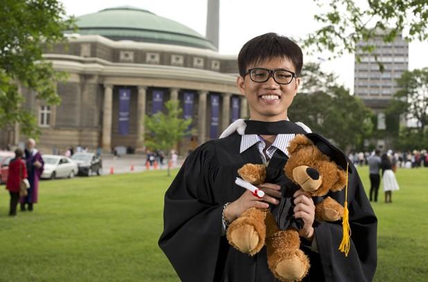 'Kẻ không nhà' người Việt đạt điểm tuyệt đối khi du học tại Canada  - ảnh 1