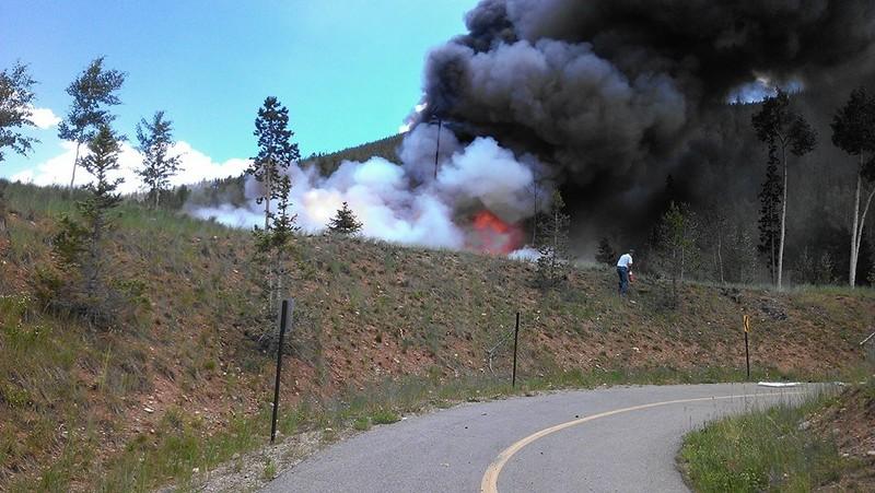 Trực thăng y tế rơi, bốc cháy dữ dội, phi công tử nạn - ảnh 3
