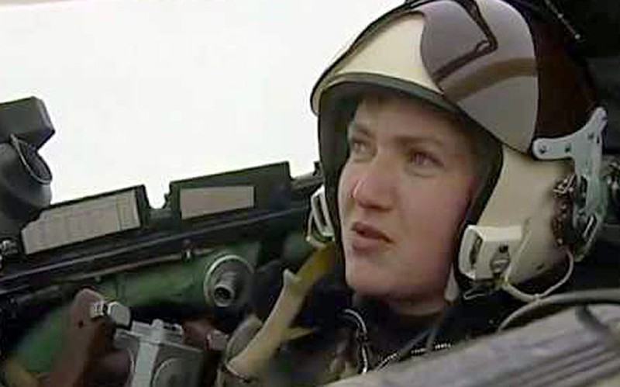 Một nữ phi công bị buộc tội giết người - ảnh 1