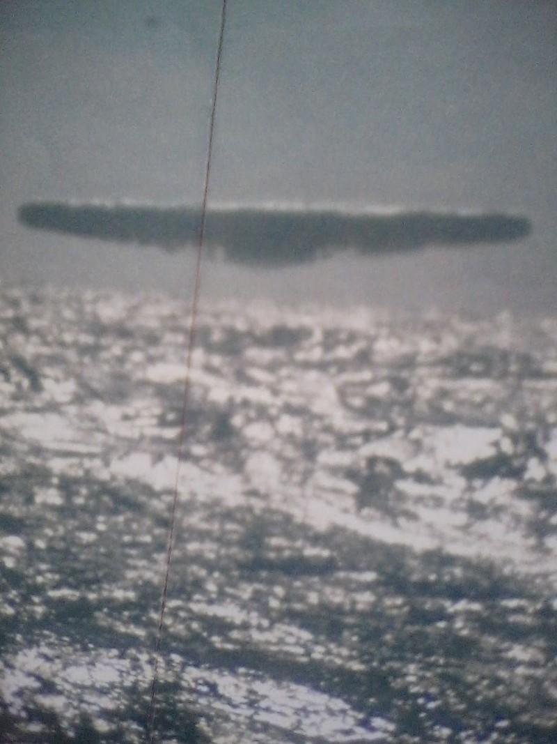 'Ảnh UFO bị rò rỉ từ Hải quân Mỹ' - ảnh 2