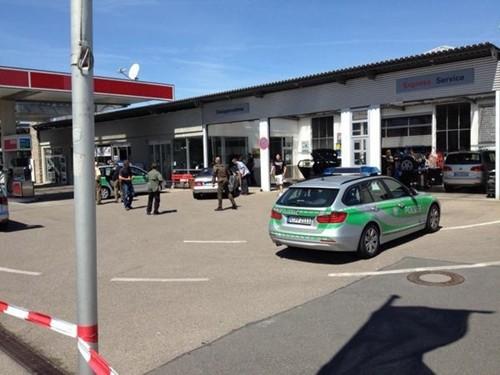 Trạm xăng ở thành phố Bad Windsheim, bang