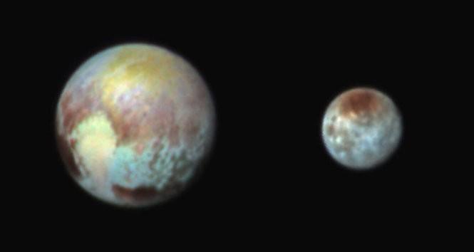 Những bức ảnh đầu tiên về Diêm Vương tinh làm giới khoa học 'mê mẩn' - ảnh 3