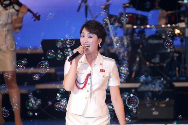 Ông Kim Jong-un thành lập ban nhạc phục vụ cho nhân dân - ảnh 1