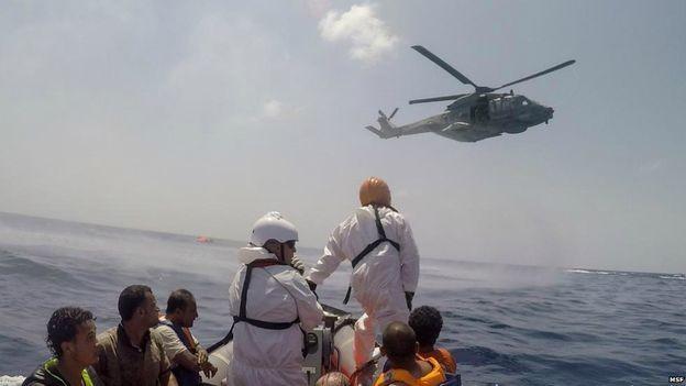 Tàu chở 600 người gặp nạn, hàng trăm người mất tích - ảnh 1