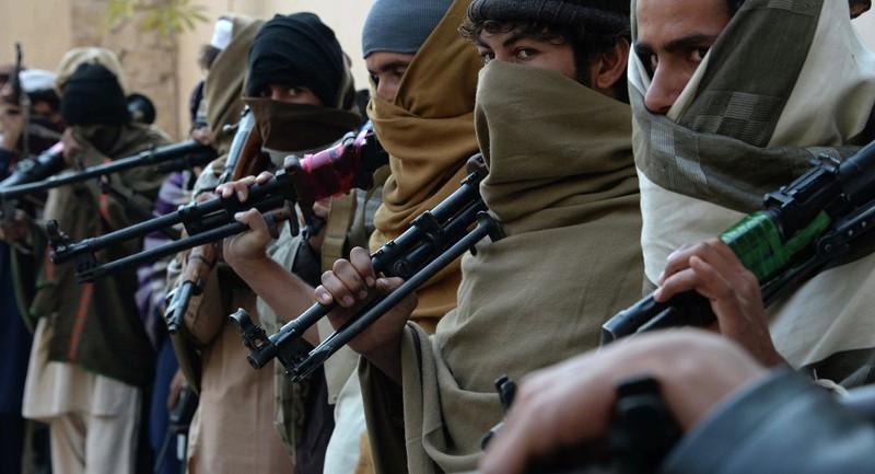 Tại sao cái chết bí ẩn của lãnh đạo Taliban bị giấu kín? - ảnh 1
