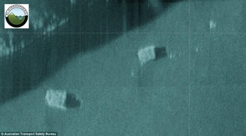Phát hiện hai khối hộp dưới đáy biển nghi của MH370 - ảnh 2
