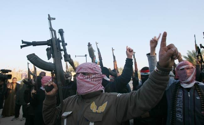 Mỹ ném bom ồ ạt chống IS  - ảnh 1