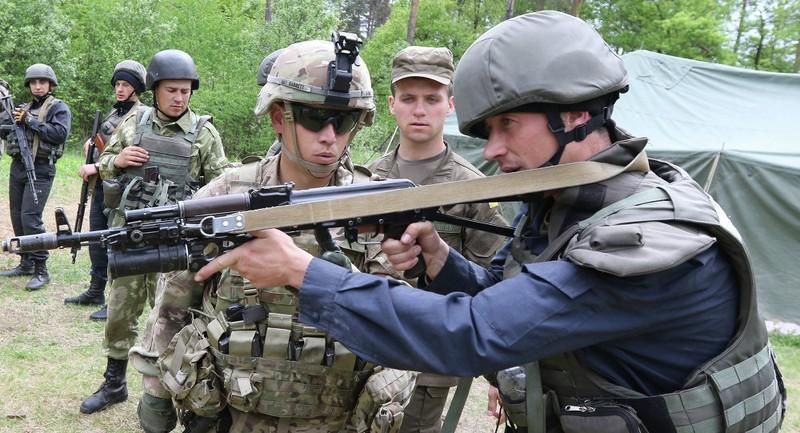Mỹ đang sa vào một cuộc 'chiến tranh Việt Nam' ở Ukraine? - ảnh 1