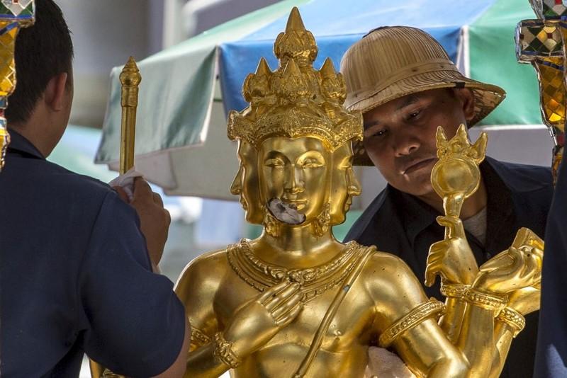 Đang xác định loại thuốc nổ vụ đánh bom đẫm máu Bangkok - ảnh 2