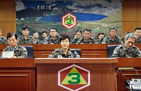 Hàn, Mỹ sẵn sàng phản công nếu có biến - ảnh 1