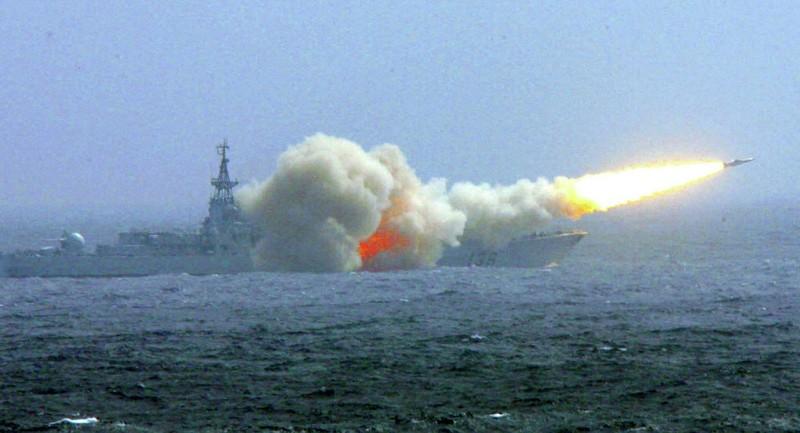 Trung Quốc tập trận quy mô lớn trên biển Hoa Đông - ảnh 1