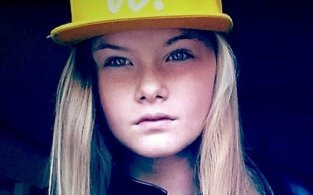 Con gái giết mẹ sau khi xem video chặt đầu của IS - ảnh 1