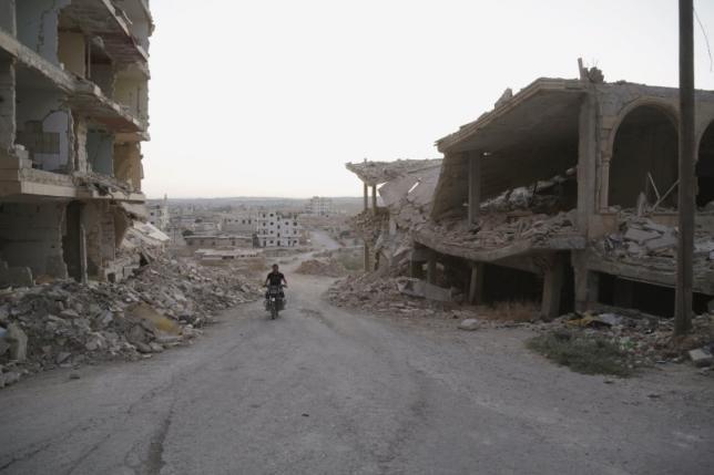 Nga đưa máy bay đến Syria, Bộ trưởng quốc phòng Nga-Mỹ 'nói chuyện' - ảnh 1