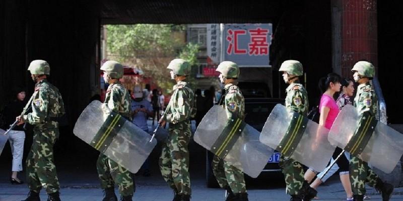 5 cảnh sát Trung Quốc bị giết tại Tân Cương - ảnh 1