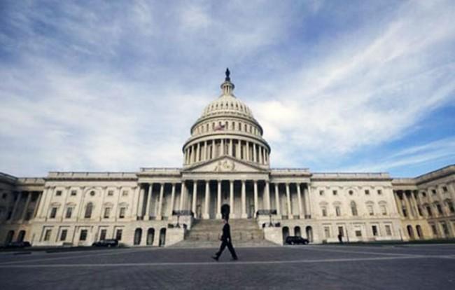 Chính phủ Mỹ tránh được nguy cơ đóng cửa - ảnh 1