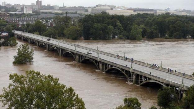 Mỹ: Lượng mưa kỉ lục trong vòng 1000 năm qua - ảnh 2