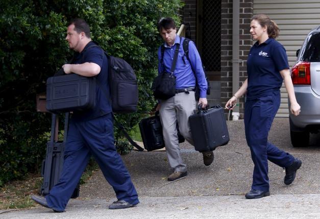 Úc bắt năm nghi can vụ nổ súng giết chết một cảnh sát - ảnh 1
