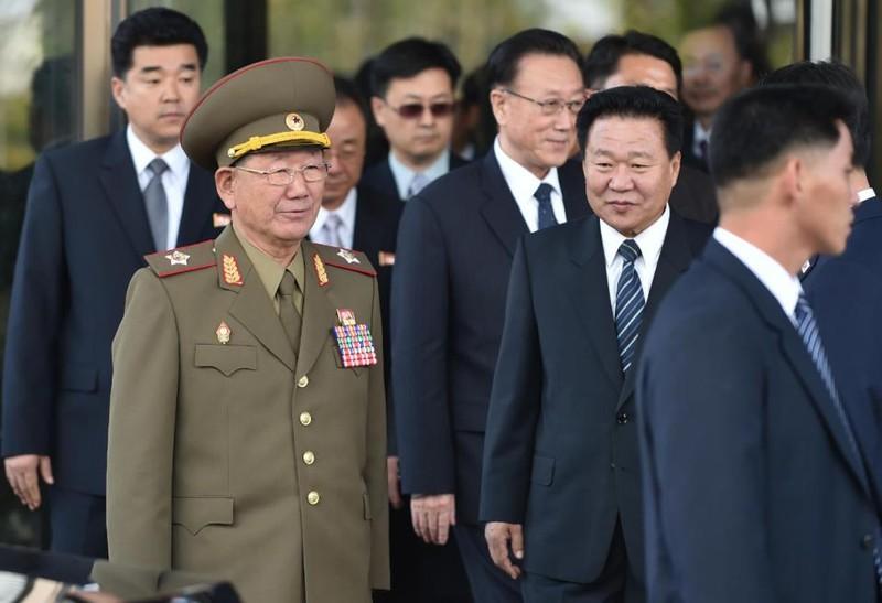 'Nhân vật số 2' của Triều Tiên biến mất bí ẩn là do đi trị bệnh? - ảnh 1