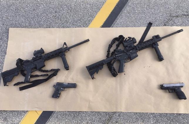 Hung thủ vụ xả súng tại California tàng trữ rất nhiều vũ khí - ảnh 3