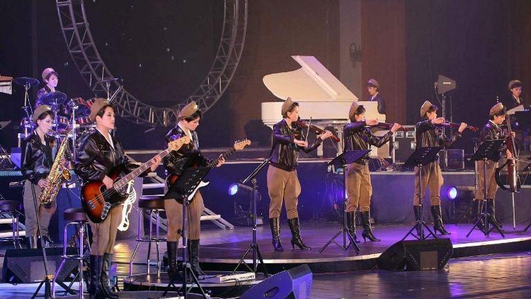 Nhóm nhạc pop nổi tiếng Triều Tiên đến Trung Quốc biểu diễn - ảnh 1