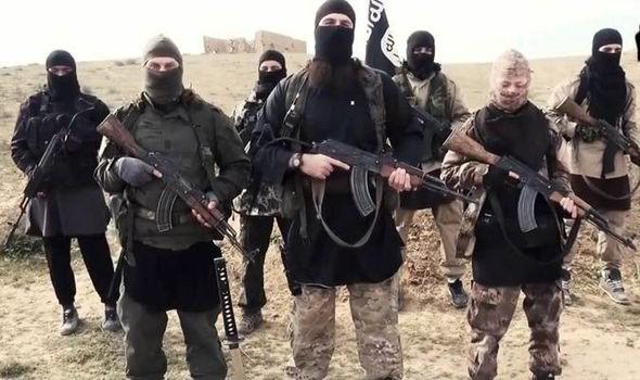 Khoảng 3.500 người bị IS bắt làm nô lệ tại Iraq - ảnh 1