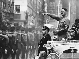 Tiết lộ mới về nghi án trùm phát xít Hitler bị 'teo nhỏ dương vật' - ảnh 1