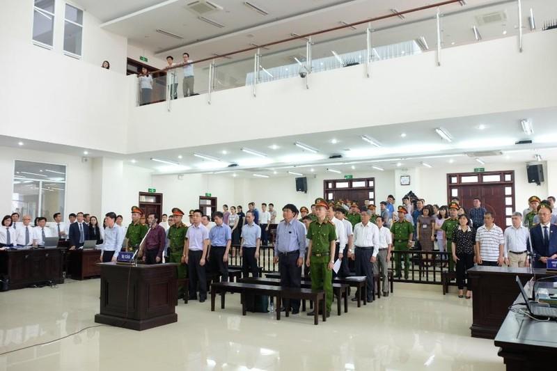 Tòa tuyên phạt ông Đinh La Thăng 13 năm tù - ảnh 1