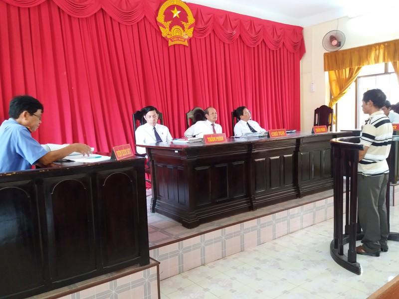 Vụ án nhiều vi phạm tố tụng ở Kiên Giang: Tòa nghị án 7 ngày - ảnh 1