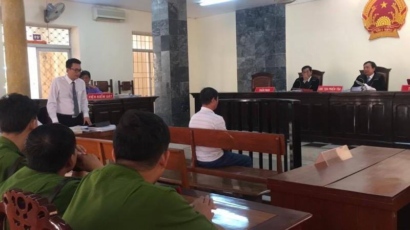 Hủy án vụ không cột được tội giao cấu, kết án dâm ô - ảnh 1