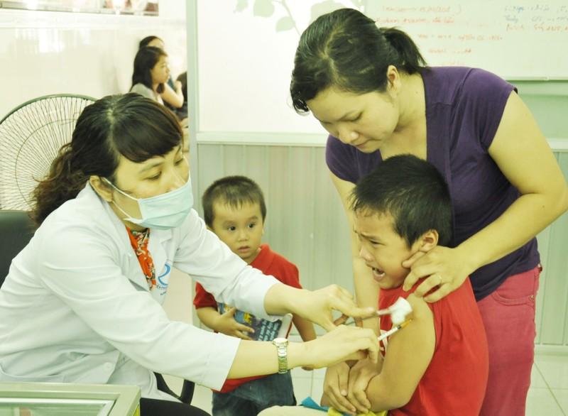 TP.HCM có 7 trẻ mắc ho gà do không tiêm vaccine - ảnh 1