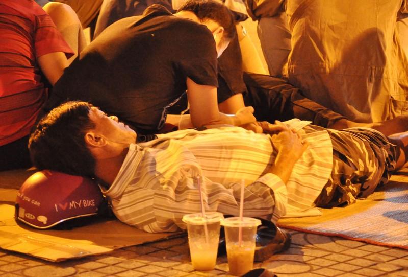 Cơn lốc vaccine đã cuốn tới Sài Gòn  - ảnh 5