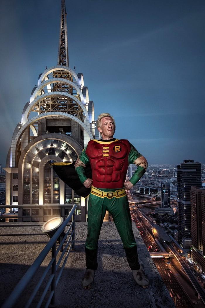 Thú vị bộ ảnh siêu anh hùng lấm lem - ảnh 13