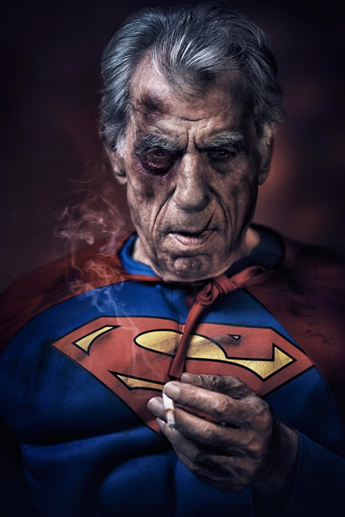 Thú vị bộ ảnh siêu anh hùng lấm lem - ảnh 18