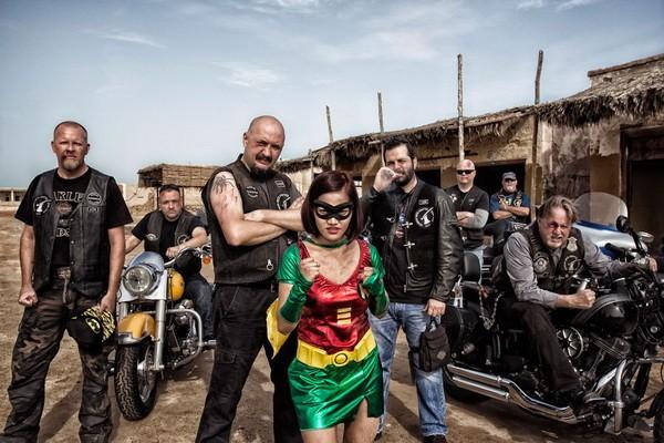 Thú vị bộ ảnh siêu anh hùng lấm lem - ảnh 20