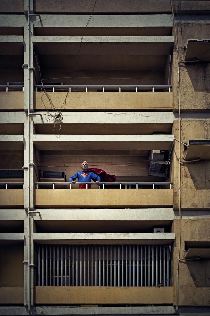 Thú vị bộ ảnh siêu anh hùng lấm lem - ảnh 2