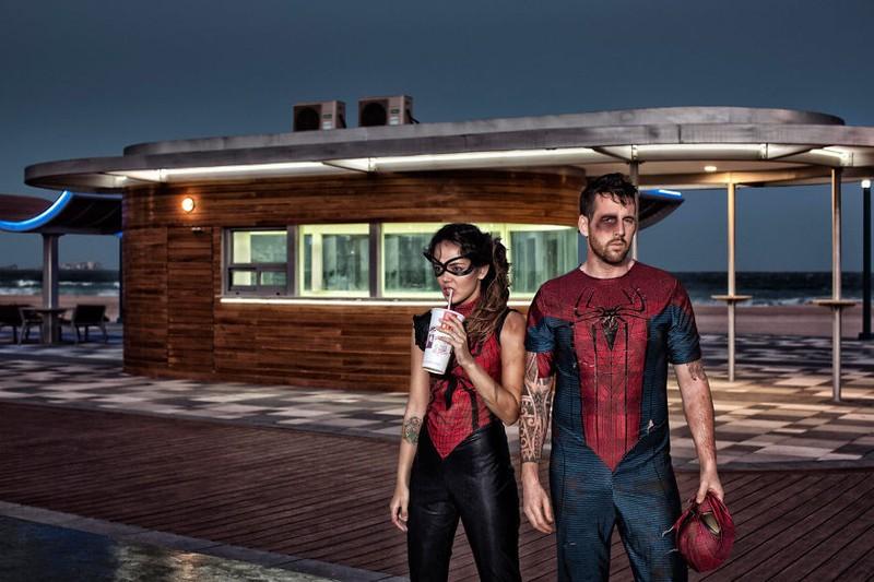 Thú vị bộ ảnh siêu anh hùng lấm lem - ảnh 8